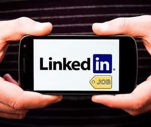Job search on LinkedIn